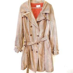 Tan plaid trench coat XXL